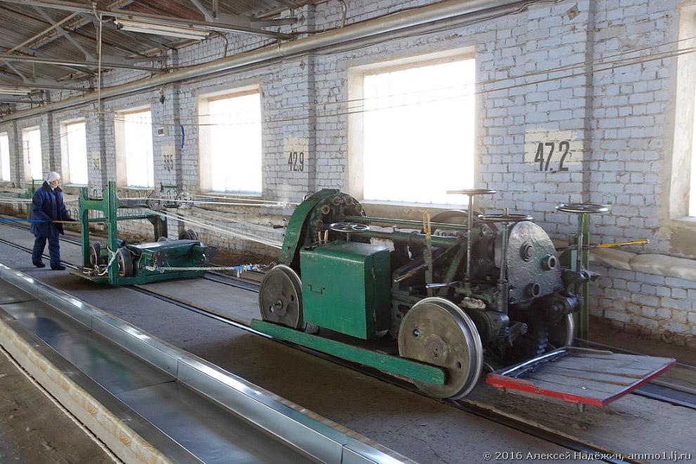 16. При свивании длина каната уменьшается. Пряди длиной 300 метров при свивании образуют готовый кан