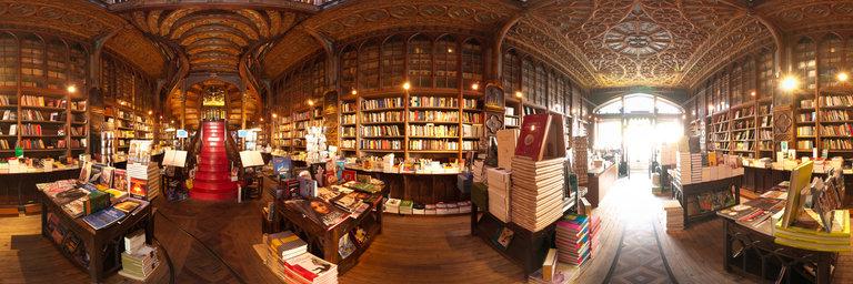Selexyz Dominicanen, Нидерланды  После Livraria Lello бывалого книгофила сложно чем-то удивить,