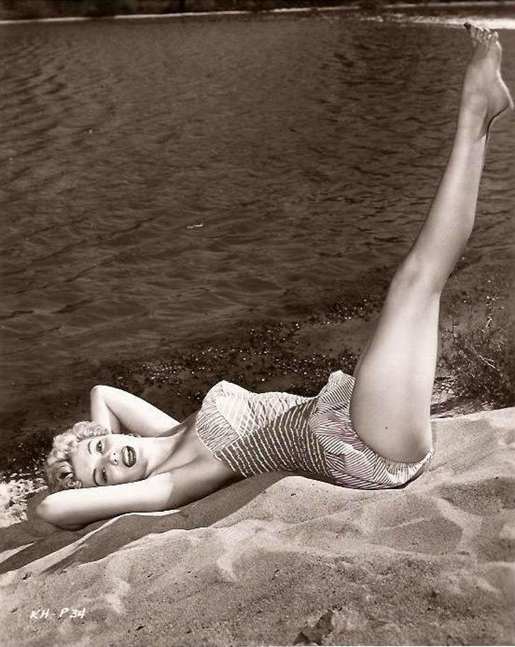 Кэтлин Хьюз снялась в 14 фильмах, но больше известна своими появлениями на телеэкране в шоу «Альфред