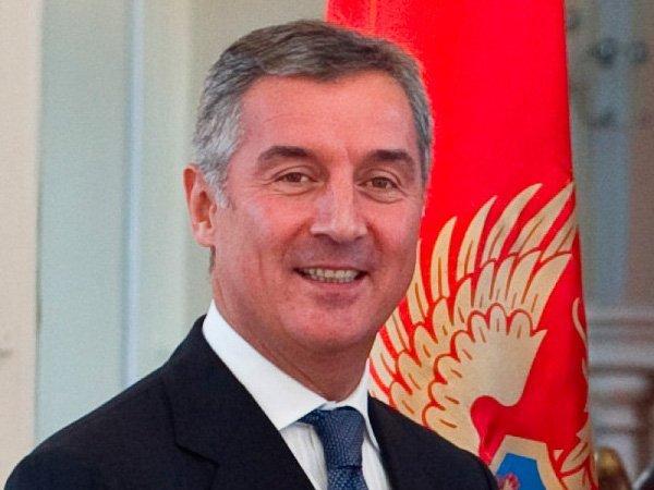 Джуканович покинет пост премьера Черногории