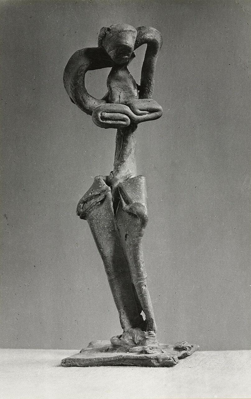 1943. Пикассо. Скульптура (бронза, обнаженная женщина)
