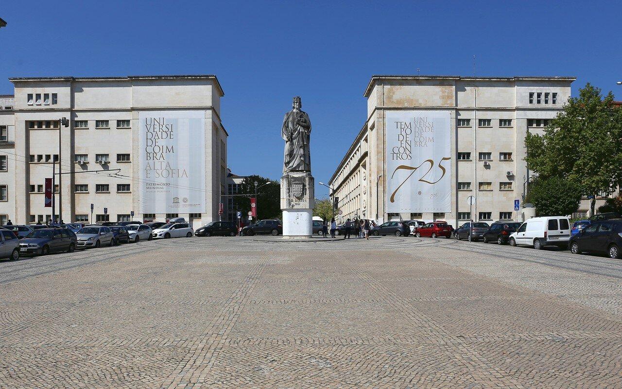 Коимбра. Площадь короля Диниша (Praça Dom Dinis)