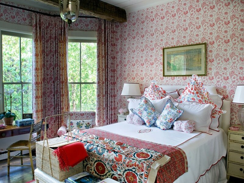 Jane_Scott_Hodges-red-traditional-bedroom-