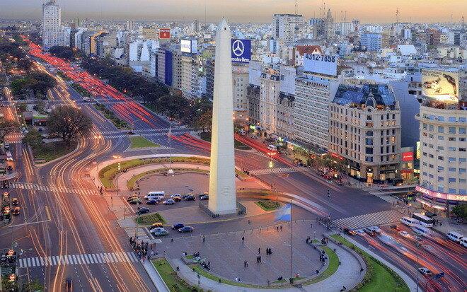 Авеню 9 Июля. Буэнос-Айрес, Аргентина