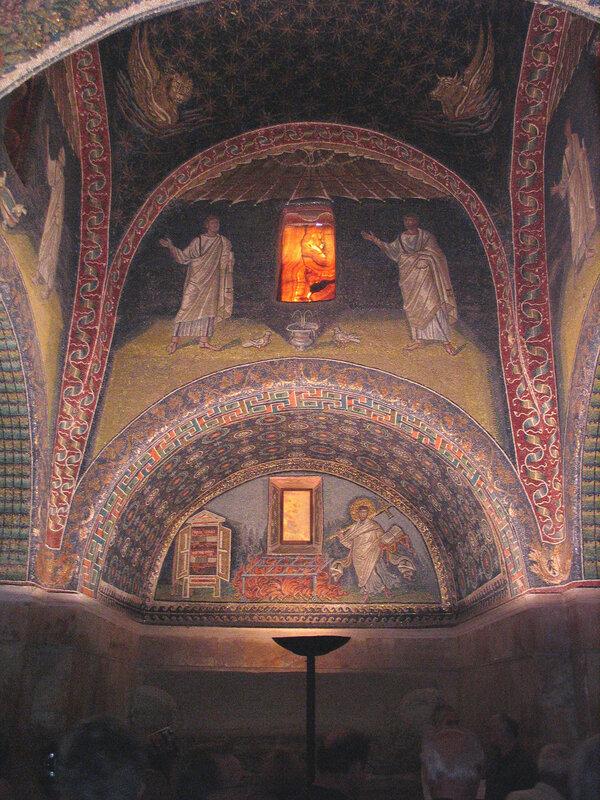 008-апостолы и св.Лаврентий.jpg
