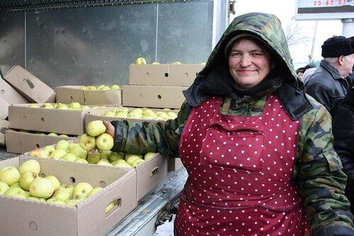 Лучшим аграриям Молдовы вручили дипломы и по 2 тысячи леев