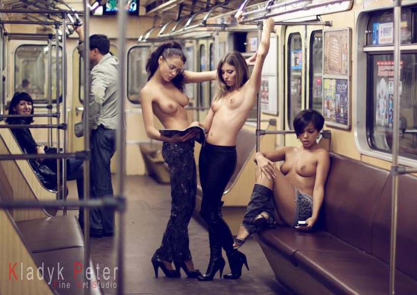 Секс в метро красивый фото 11200 фотография