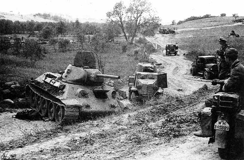 бронетехника  РККА 1941.jpg