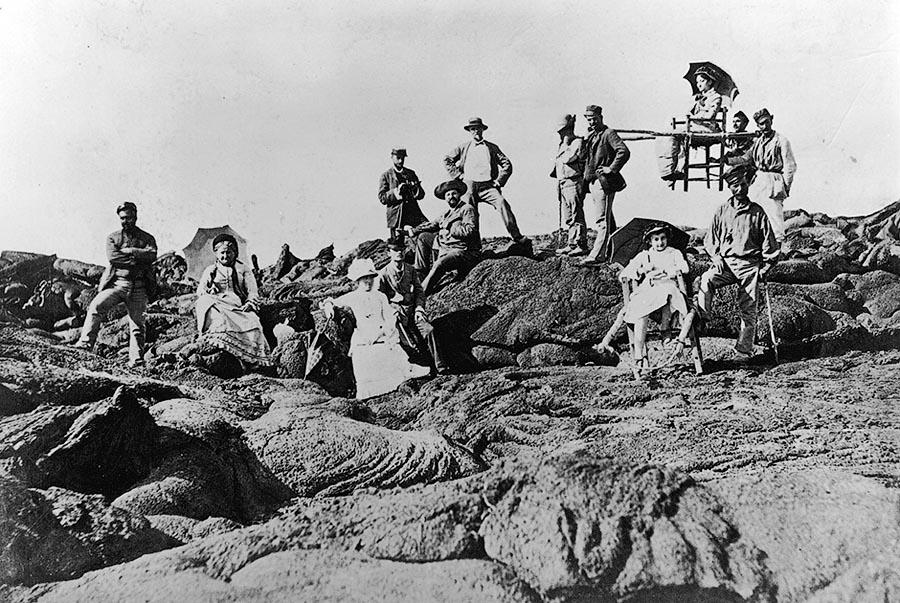 Туристы 100 лет назад