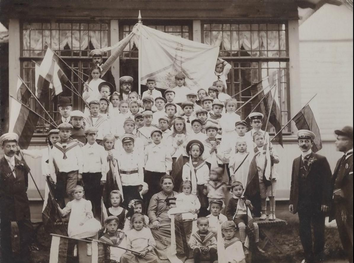 1908. Териоки, детский маяк, на даче купца Семенова, Дорога Семенова, дом №1