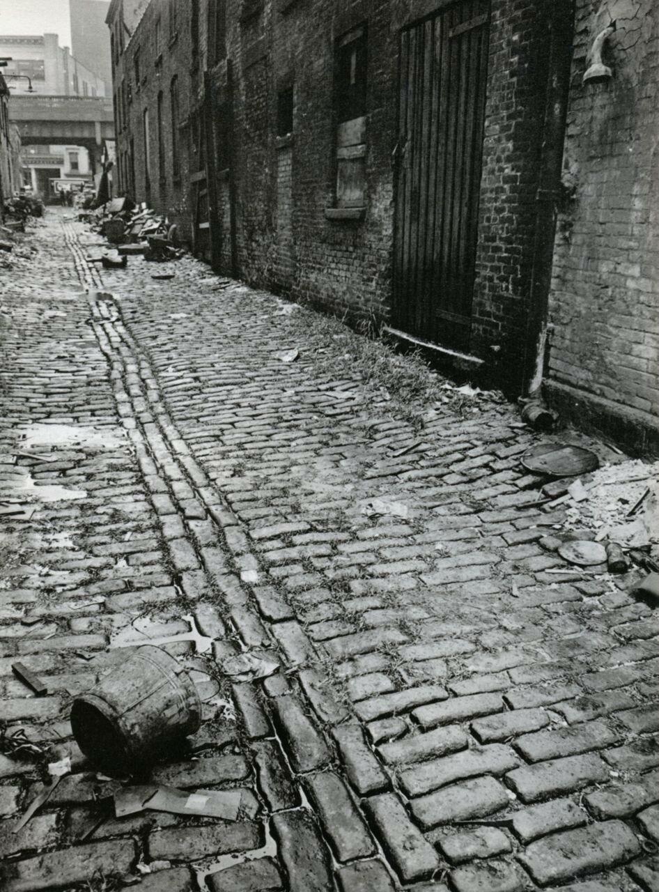 1938. Чарли Лейн между Западной и Вашингтона улицами Манхэттена