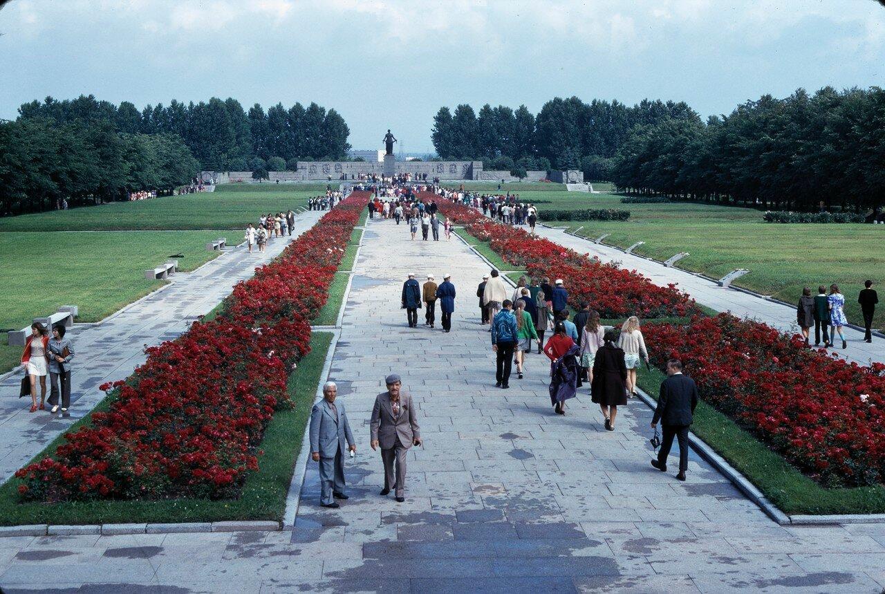 Пискарёвское мемориальное кладбище