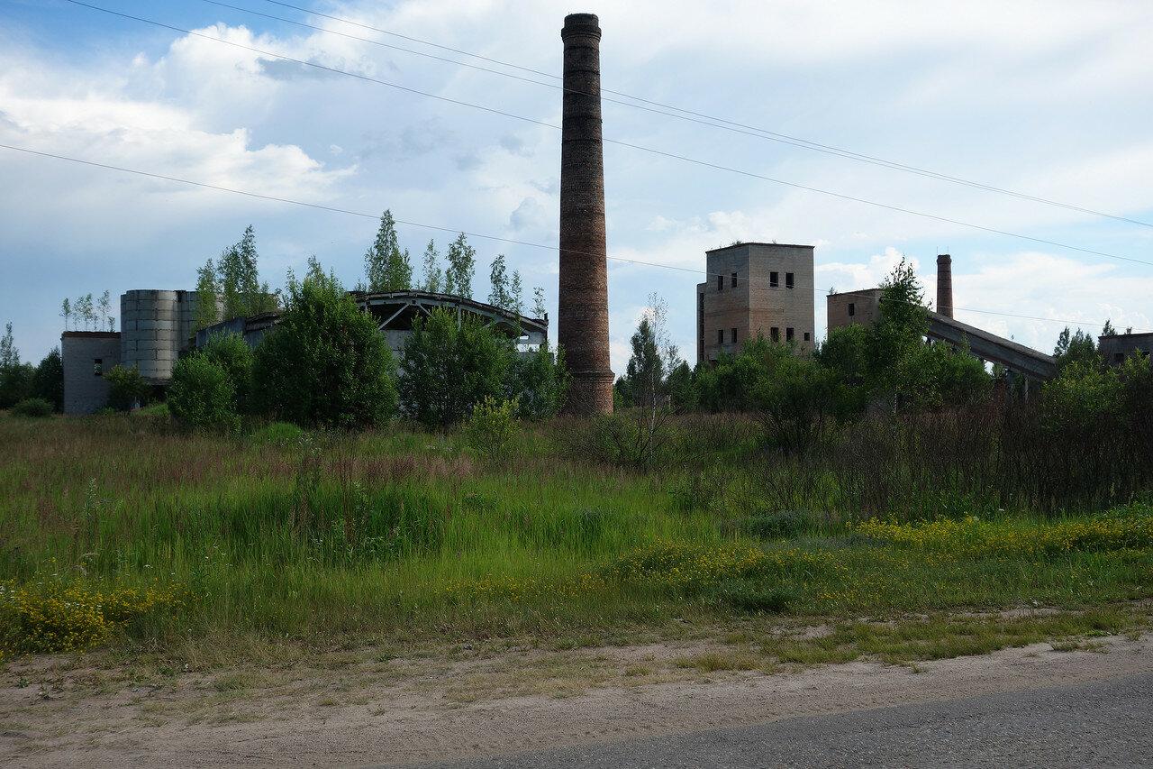 тоже бывший завод...