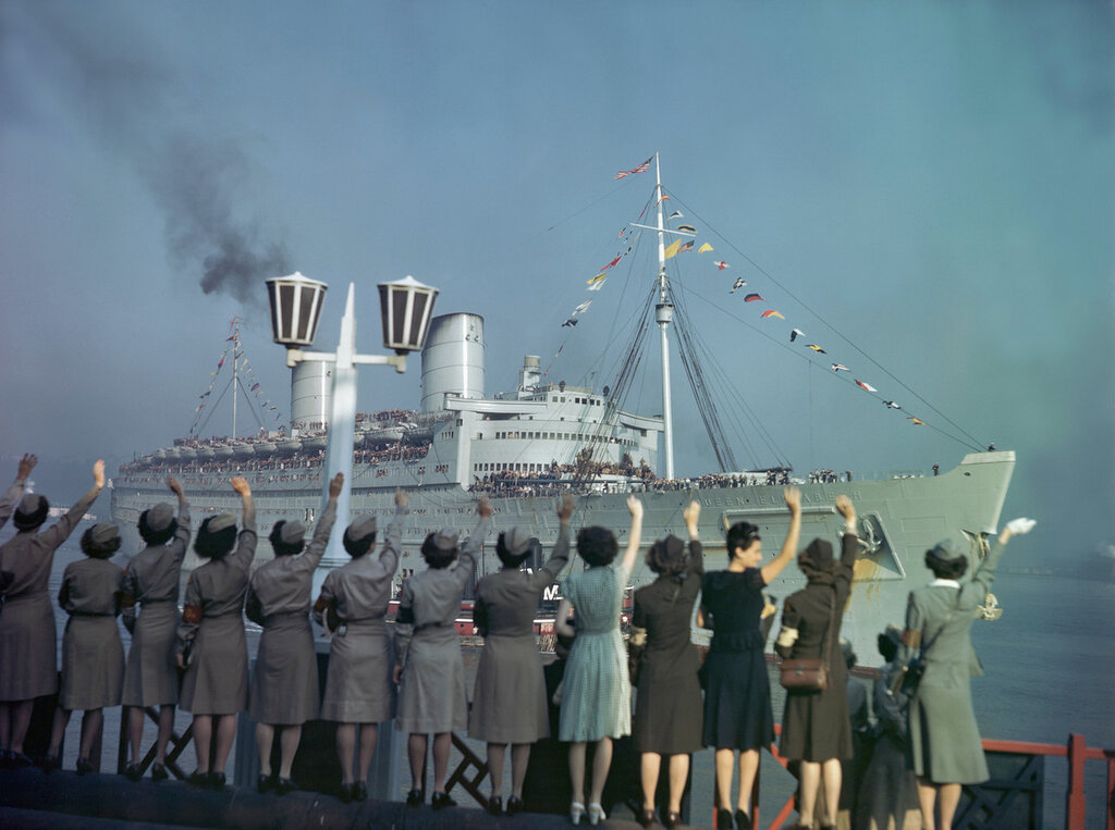 Returning Troops from World War II