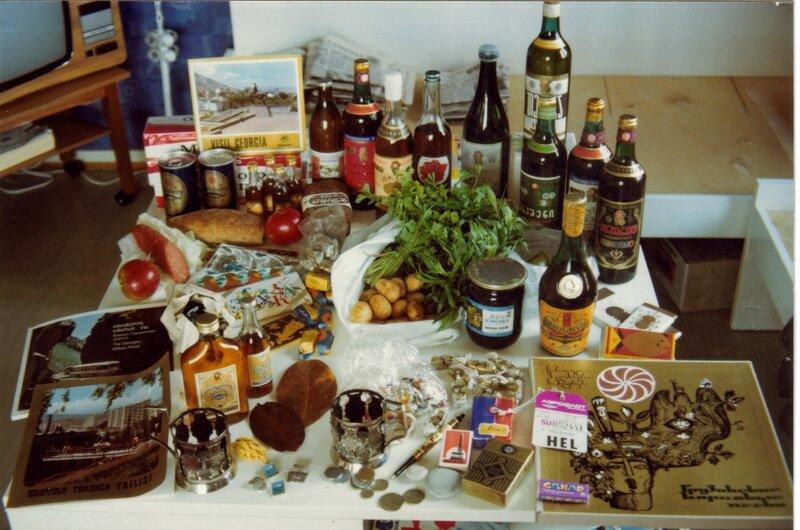 1976 Что взять с собой с Кавказа. Фото финского туриста, сделанное в Грузии.jpg
