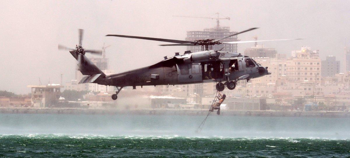 Подготовка военных к выживанию на воде