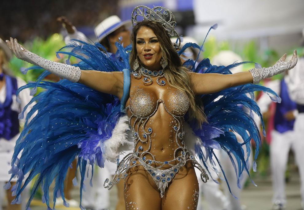 Пизды фото с карнавала в бразилии фото 803-868