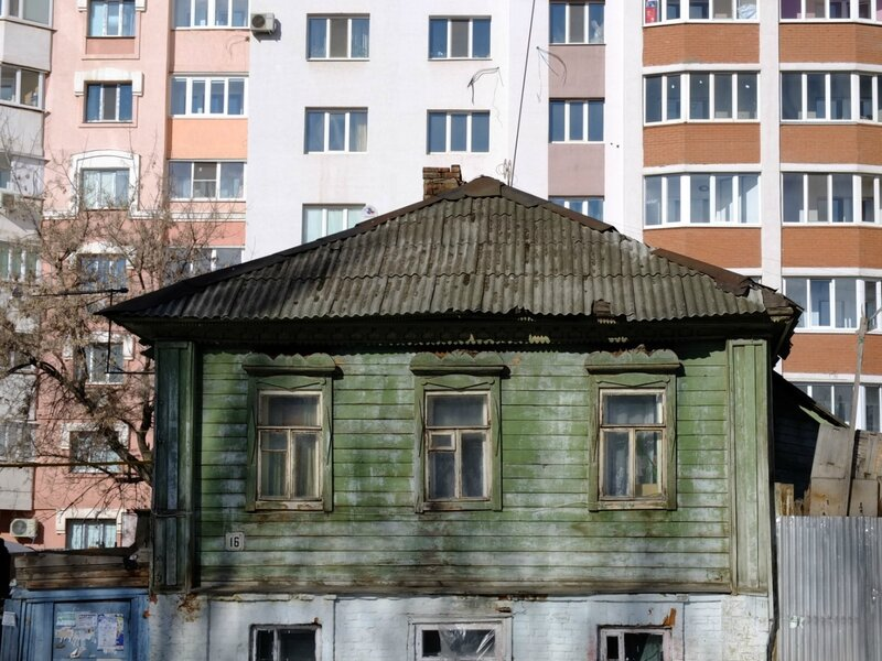 Льва Толстого и Никитинская 191.JPG