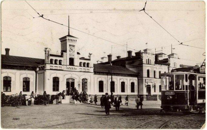 Кишинёвский вокзал - межвоенный период.jpg