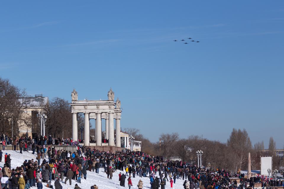 За пилотированием наблюдали 15тысяч волгоградцев.