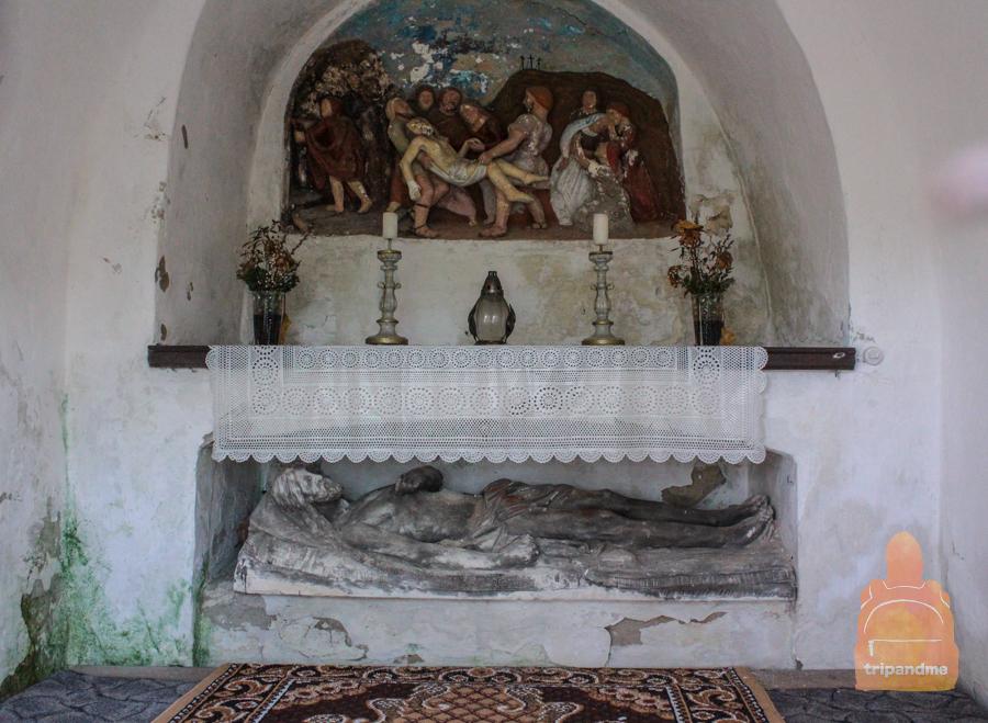 Иисус в гробнице