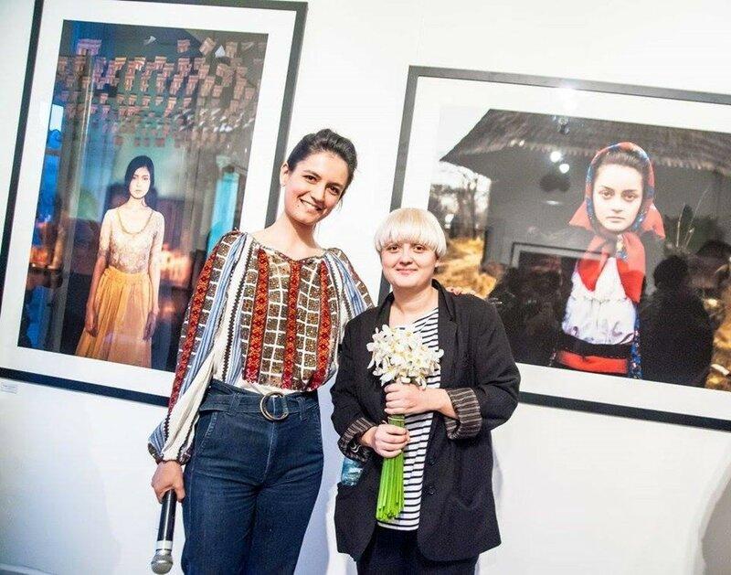 Михаэла Норок, «Атлас красоты»: 155 фотографий красивых женщин из 37 стран мира 0 1c624e b51e824e XL