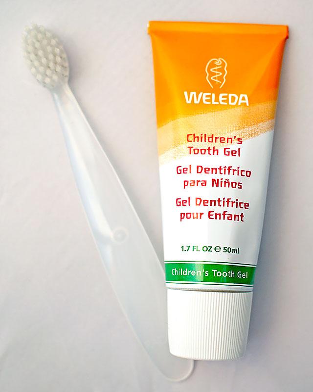 детская-зубная-паста-weleda-детская-зубная-щетка-radius-отзыв4.jpg