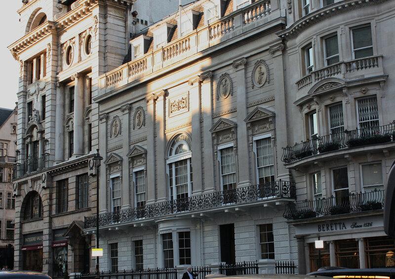Джентльменский клуб Уайта (Лондон, Англия)