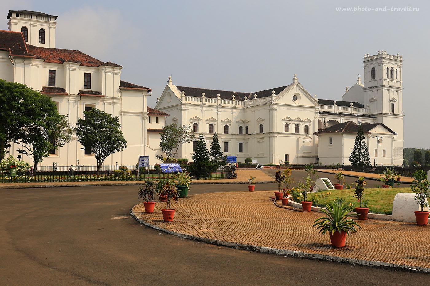 Фото 19. Кафедральный собор Св. Екатерины в Старом Гоа. Отчет о поездке в Индию в октябре (17-40, 1/250, -1eV, f9, 40mm, ISO 100)
