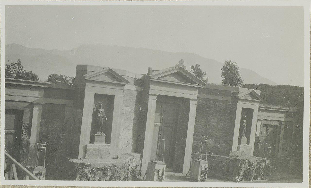 1919. Постройка в греческом театре