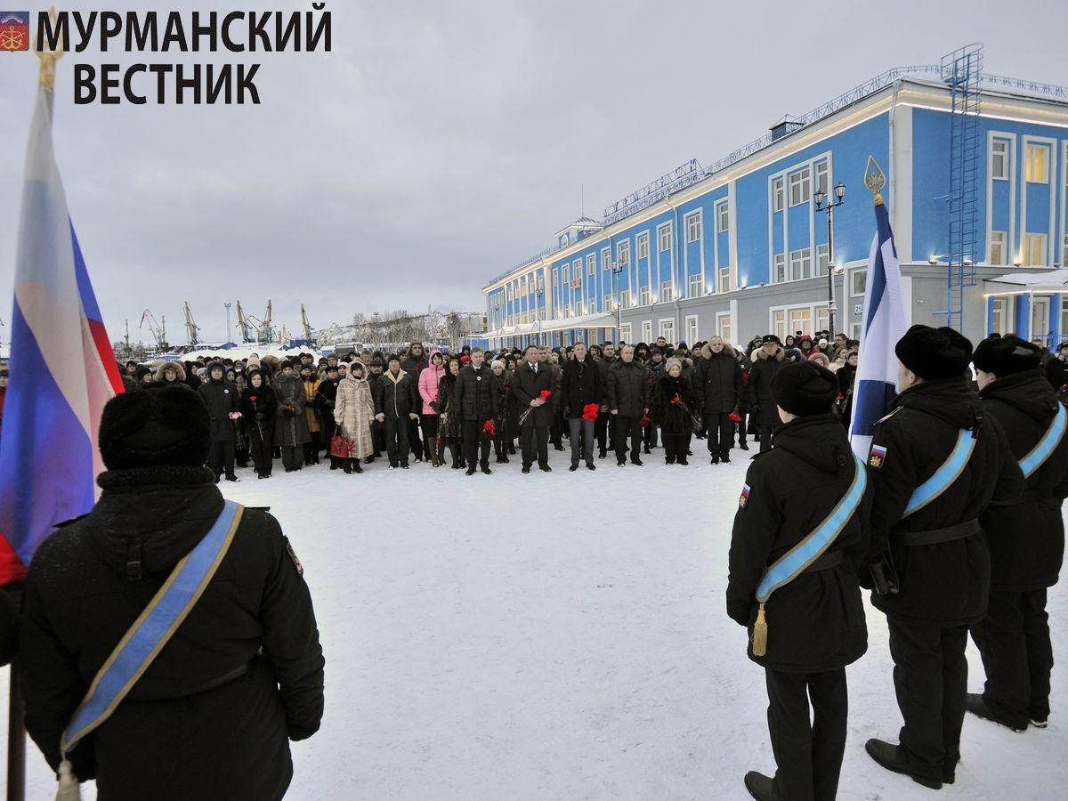ВМурманском порту почтили память героев Арктических конвоев