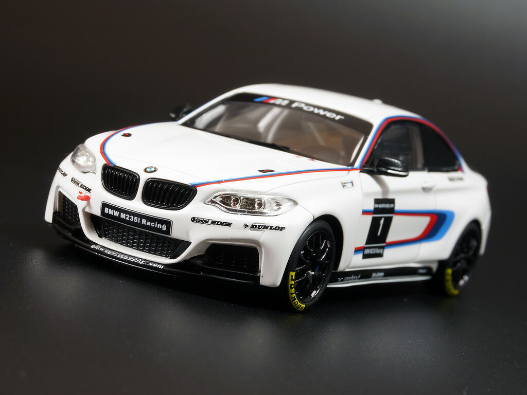 BMW_2002_M2_04.jpg
