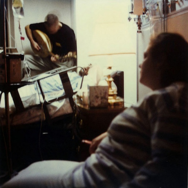 25октября 1997г.: Это последняя фотография Джейми. Онумер всвой 41-й день рождения