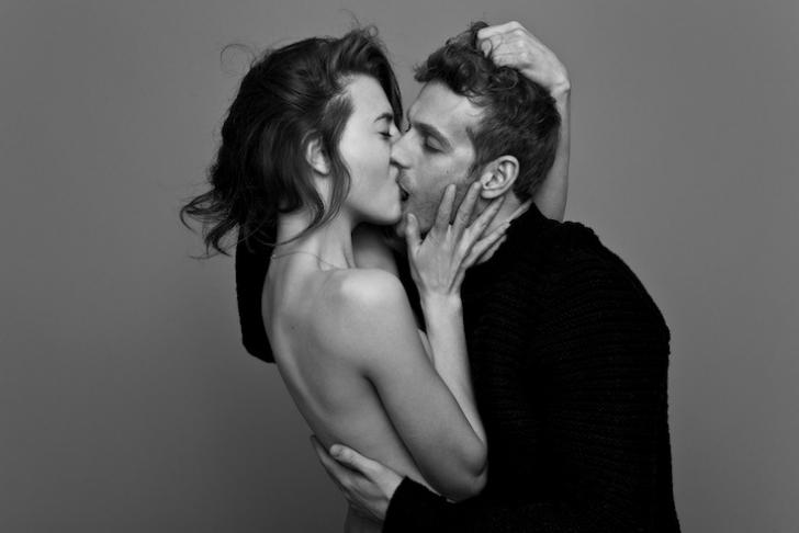 На фото просто друзья или влюбленная пара? Фотопроект о поцелуе от Бена Ламберти (10 фото)