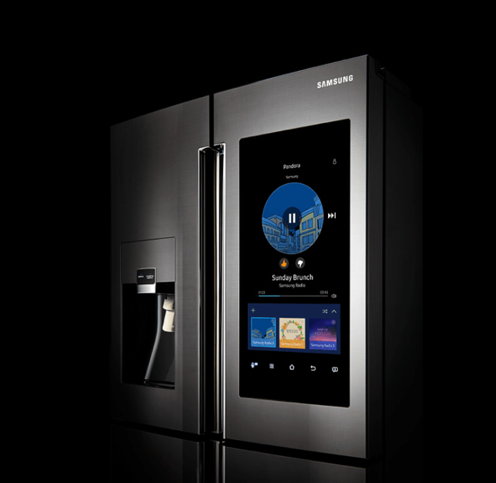 Samsung Family Hub Refrigerator – самый умный холодильник. Самый лучший почти во всех отношени
