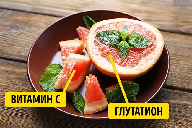 © depositphotos.com  Грейпфрут может похвастаться нетолько высоким содержанием витаминаС , н