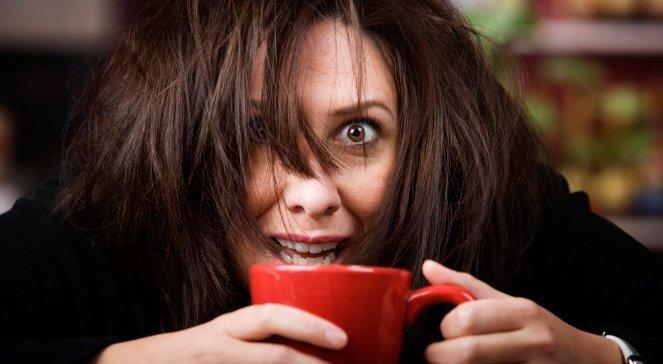 Споры о пользе и вреде кофе не затихали никогда — у бодрящего напитка есть противники и фанаты. Для