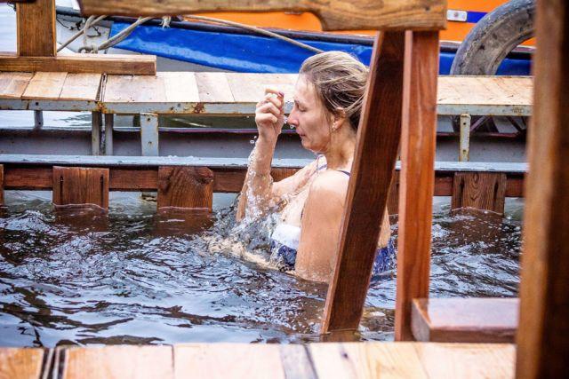 С12 столичных площадок для крещенских купаний организуют видеотрансляции