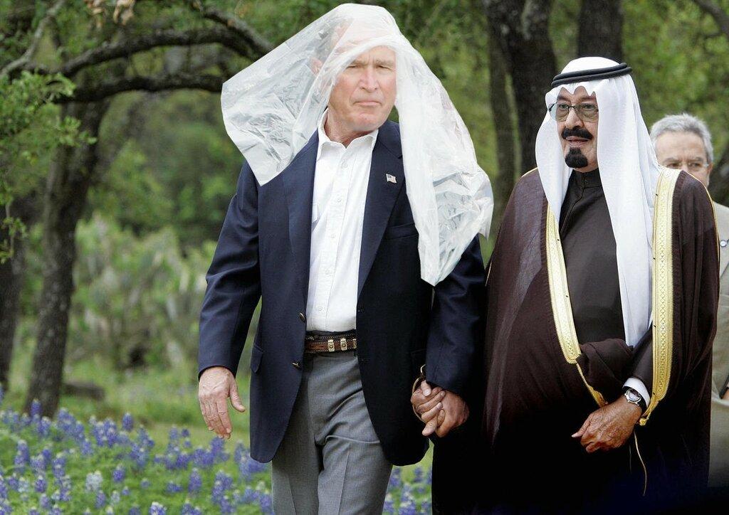 Ногти Пенса, пончо Буша и смелые взгляды Клинтонов_в память об инаугурации