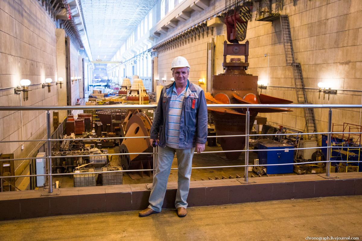 Монтаж рабочего колеса гидроагрегата №7 на Жигулёвской ГЭС 0_112347_a042a5ef_orig