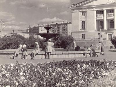 театр1.jpg