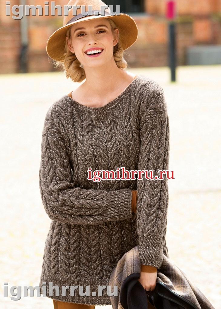 Коричневый пуловер со сплошным узором из «кос». Вязание спицами
