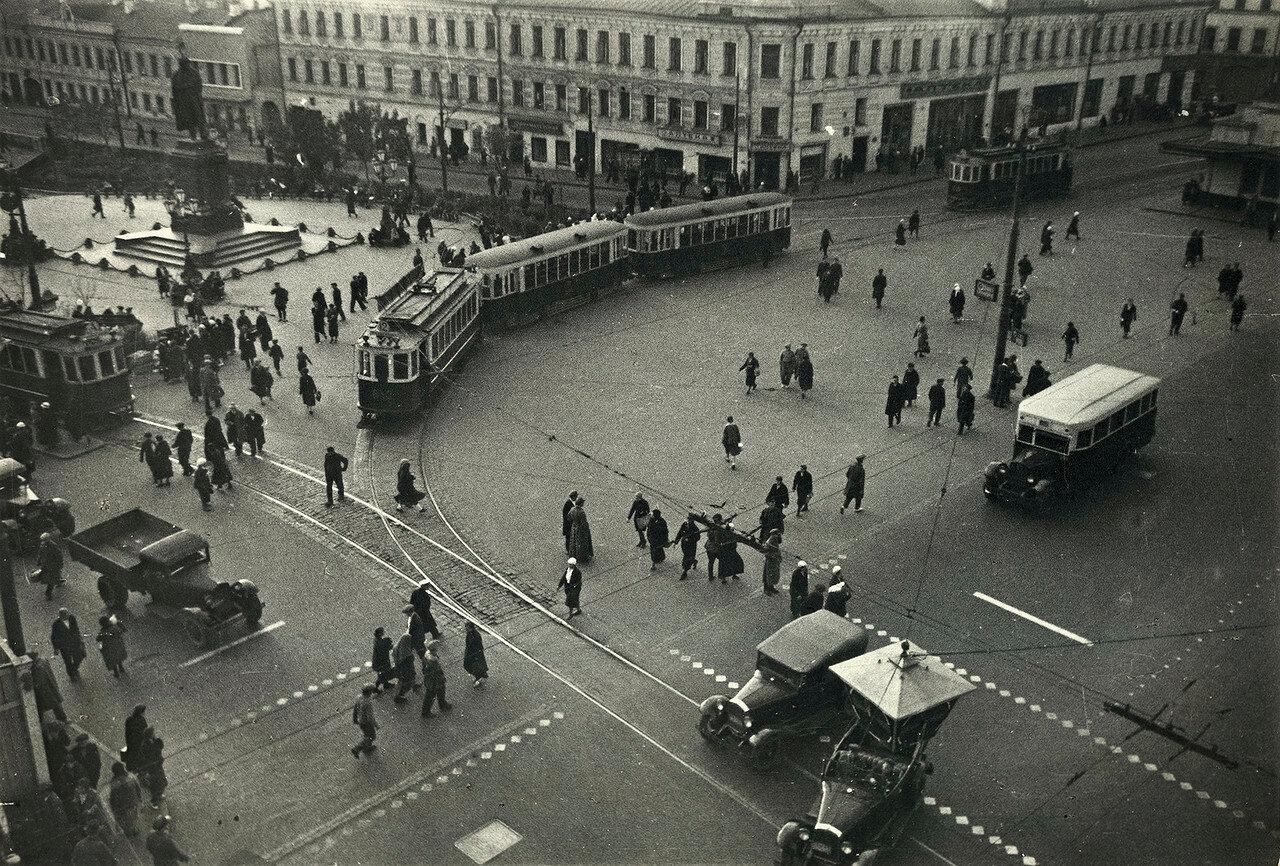 552521 Пушкинская площадь Елизар Лангман 1935.jpg