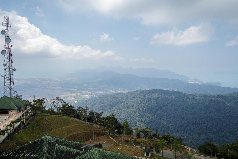 Вид на остров с горы Gunung Raya
