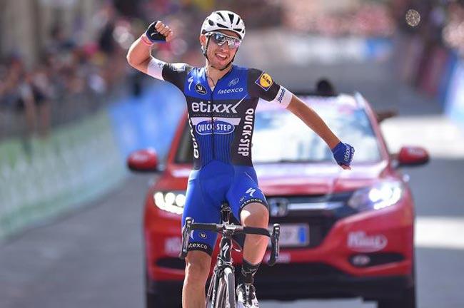 Колумбийский велогонщик Наиро Кинтана изMovistar одержал победу «Вуэльту Испании»