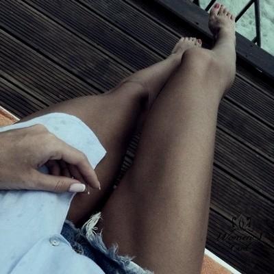 Очищающая масочка, для огрубевшей кожи ног из голубой глины