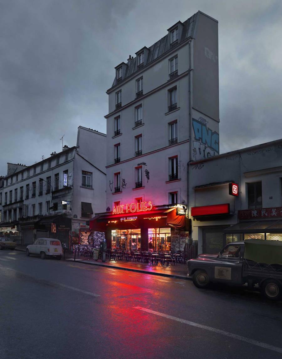 Aux Folies, Paris XX.