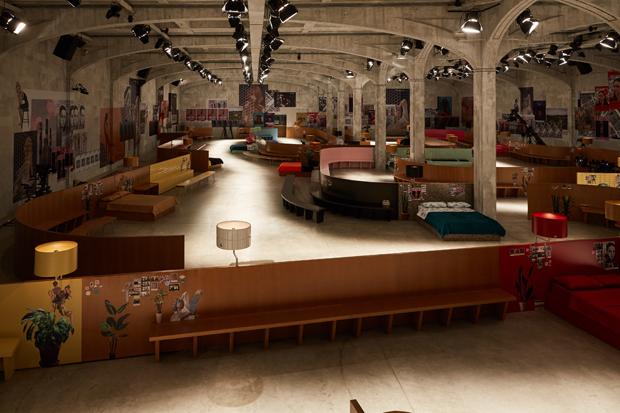 AMO Show Space for Prada FW17.18 Collection