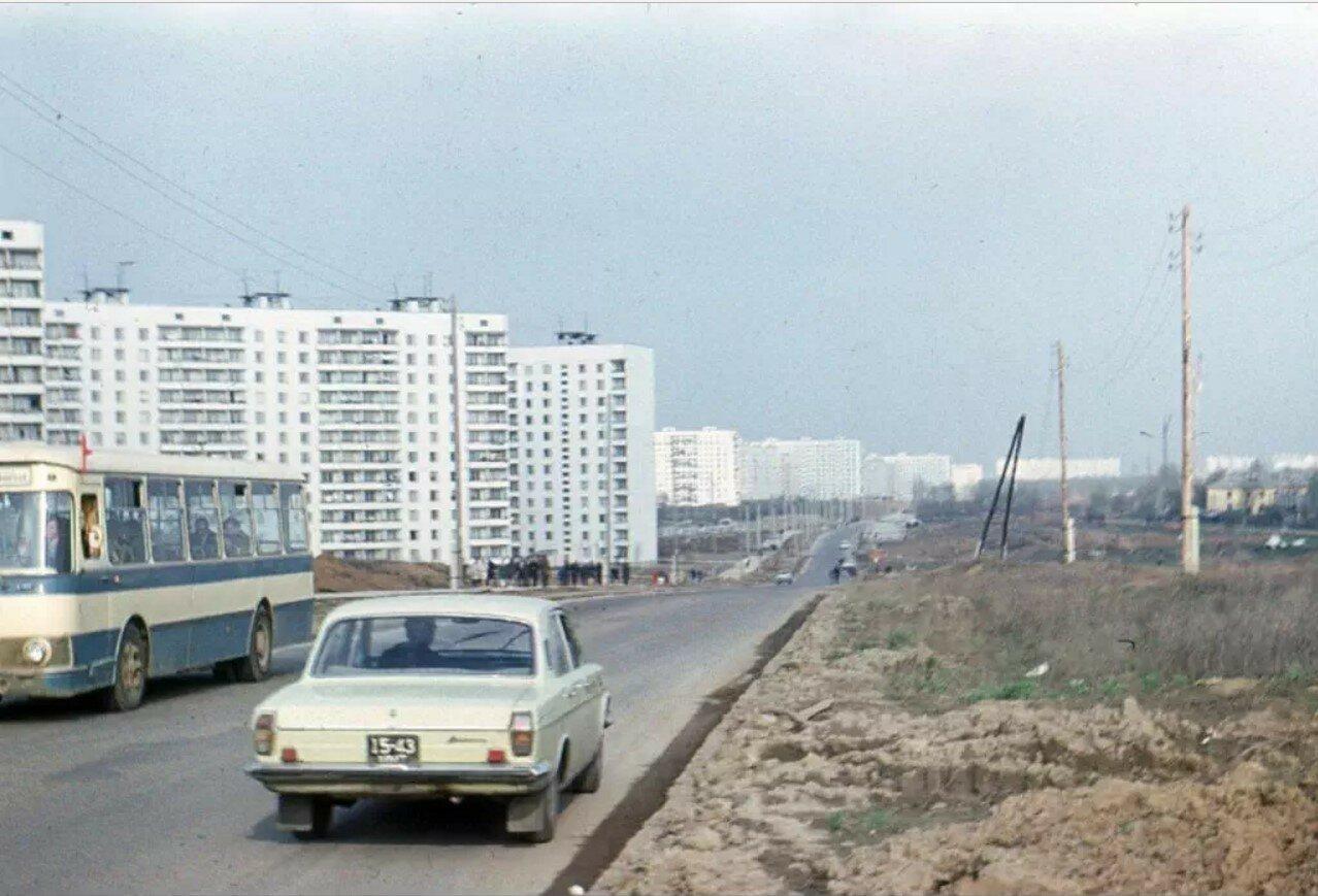 1977. Улица Академика Янгеля
