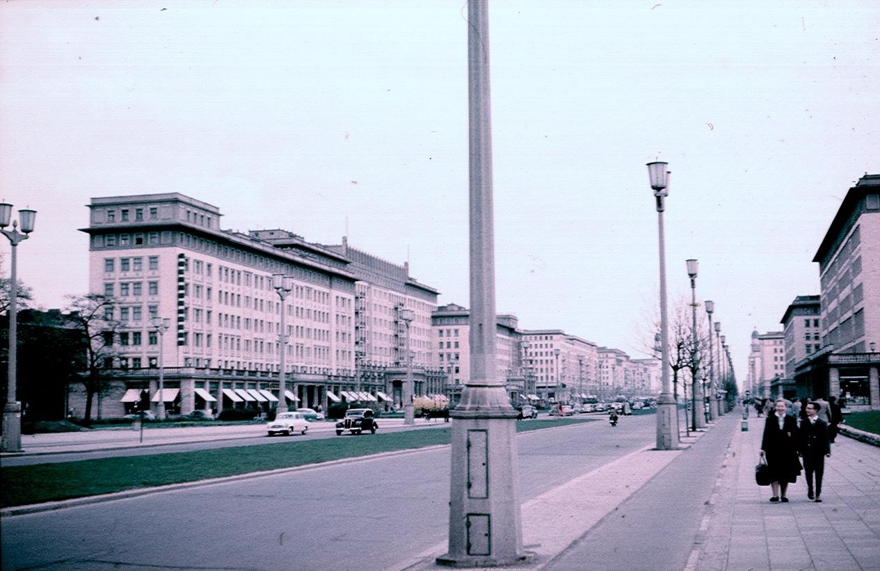 Берлин. Шталин-аллее